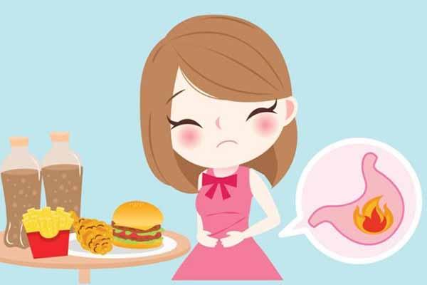 Những người làm công sở thường mắc các bệnh về đường tiêu hóa, nhất là bệnh đau dạ dày. Nguyên nhân là do áp lực công việc, căng thẳng trong cuộc sống, thói quen ăn uống, thiếu vận động và luyện tập thể dục thể thao.